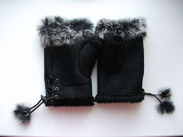 укороченные перчатки с мехом кролика