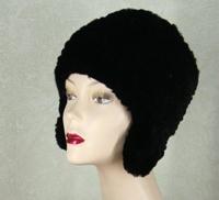 черная шапка из кролика